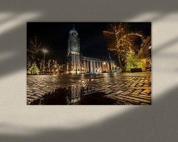 De grote kerk van Deventer in de avond van Fotografiecor .nl