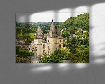 das Schloss von Durbuy von Nicola Mathu