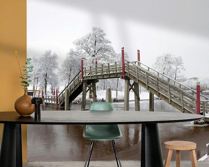 Sfeerimpressie behang: Brug bij passantenhaven Spoordok in Musselkanaal van Martin Albers Photography
