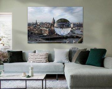 Hartje Amsterdam  gezien door een crystal ball van Foto Amsterdam / Peter Bartelings