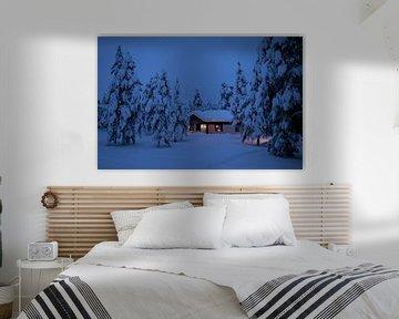 Finland, huisje in de sneeuw van Frank Peters