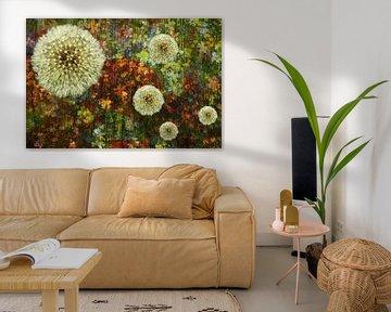 abstrakte mehrschichtige Blumencollage, Flower Power von Herman Kremer