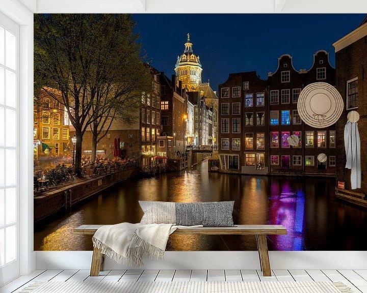 Sfeerimpressie behang: Red Light District Amsterdam van Fotografie Ronald
