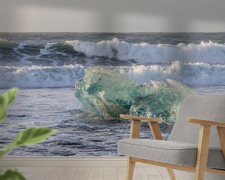Sfeerimpressie behang: Overweldigende schoonheid in ijs van Karla Leeftink