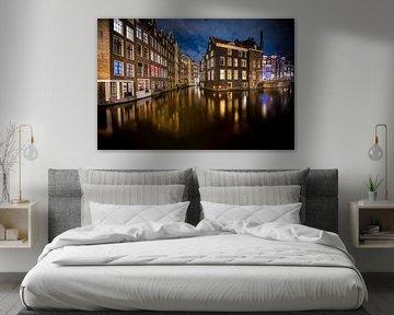 Grachtenpanden aan de zeedijk in Amsterdam van Fotografiecor .nl