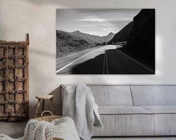 Straße im Schatten von Merijn Geurts