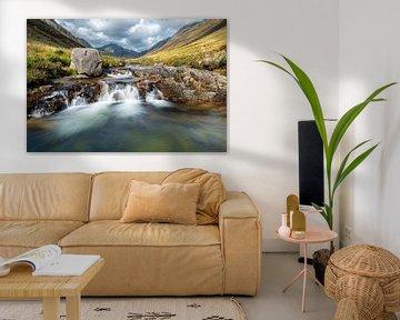 Cascades de conte de fées à Glen Rosa, en Écosse