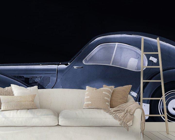 Sfeerimpressie behang: Bugatti Phoenix 57-SC Atlantic 1938 B&W van Jan Keteleer