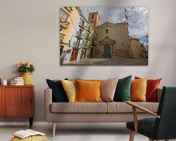 Kirche im Dorf Joiosa, Alicante, Spanien von Joost Adriaanse