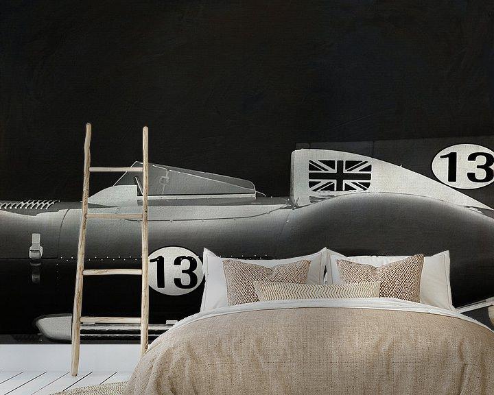 Sfeerimpressie behang: Jaguar Type D 1956 B&W van Jan Keteleer