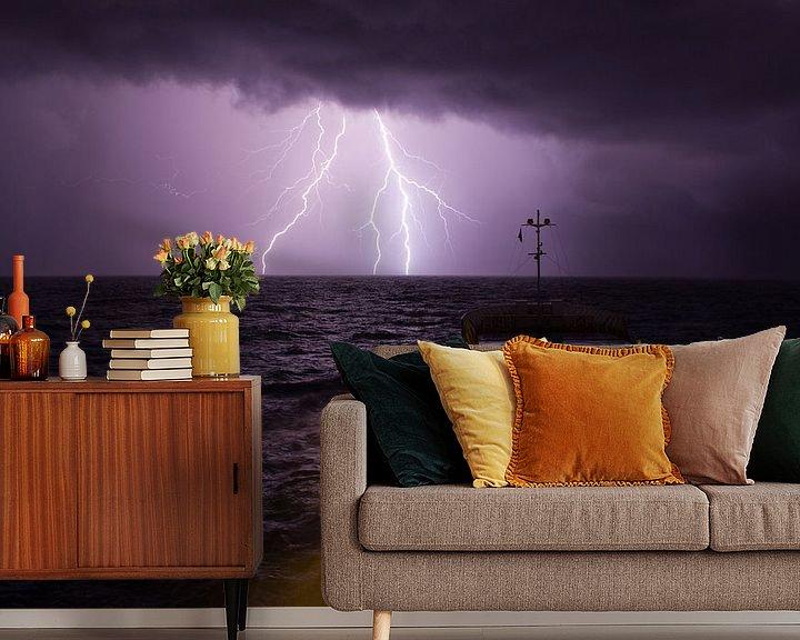 Sfeerimpressie behang: Filia Ariea in onweersbui. van KO- Photo