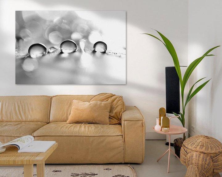 Sfeerimpressie: Black and white drops van Carla Mesken-Dijkhoff