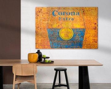 Het roestige Corona Bier bord van Martin Bergsma