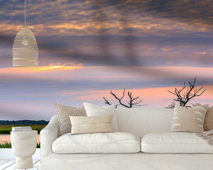 Sfeerimpressie behang: Zonsondergang in de Onlanden van Henk Meijer Photography