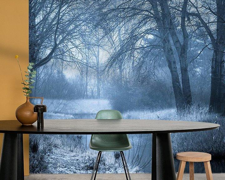 Sfeerimpressie behang: Mystiek bos en beek van Fotografie Jeronimo