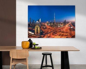 Dubai Downtown Skyline zur blauen Stunde von Jean Claude Castor
