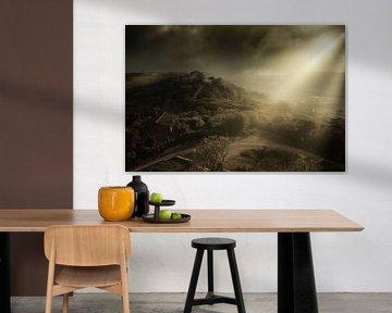 Sfeervol licht op de heuvels van Le Marche in Italië van Bas Meelker