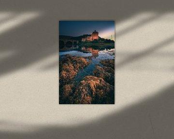Schottland Eilean Donan Castle am Abend von Jean Claude Castor