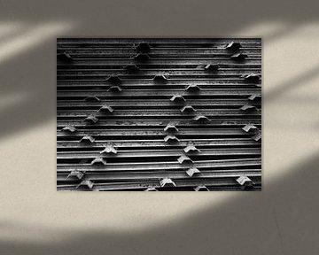zwart wit metalen balken