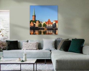 Petrikirche, Obertrave, Abendlicht, Altstadt, Lübeck, Deutschland von Torsten Krüger