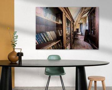Städtische Erkundung der Büchersammlung von Aurelie Vandermeren