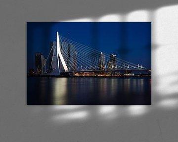 erasmusbrug rotterdam zonsondergang 2 van Ilya Korzelius