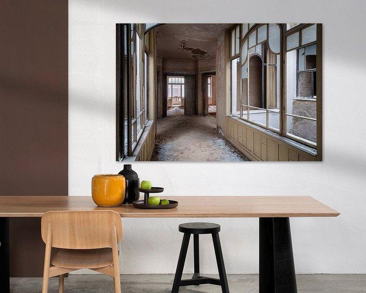 Beispiel: Schöner verlassener Korridor. von Roman Robroek