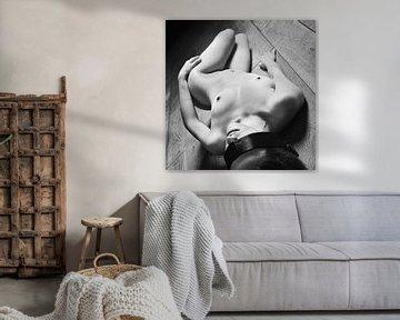 Naked Woman - Foto einer schönen nackten Frau in Schwarz-Weiß #5107 von william langeveld