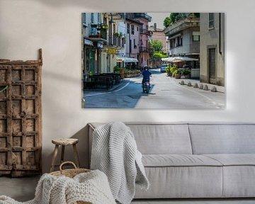 Authentiek Italiaans straatje met scooter