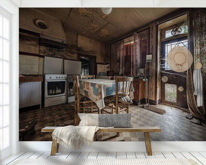Beispiel fototapete: Alte Küche in baufälligem Haus von Inge van den Brande