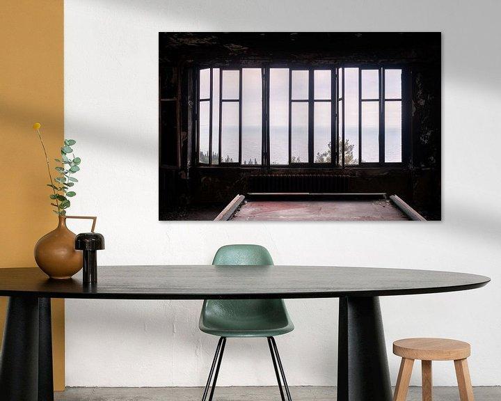 Sfeerimpressie: Verlaten Donkere Kamer. van Roman Robroek