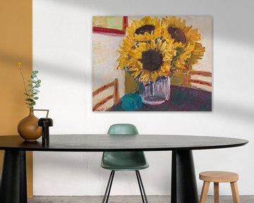 Sonnenblumen in Vase von Tanja Koelemij