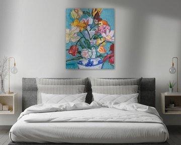 Delfter blaue Tulpenvase mit Tulpen Nr. 3 von Tanja Koelemij