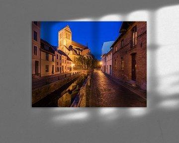 Altstadt in Wismar am Abend von Werner Dieterich