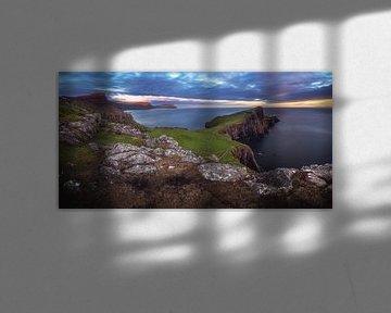 Neist Point vuurtoren panorama in de avond van Jean Claude Castor