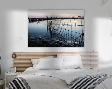 Een rauw, metallic beeld geschoten tijdens hoogwater in de Nederlandse rivieren van Arthur Puls Photography