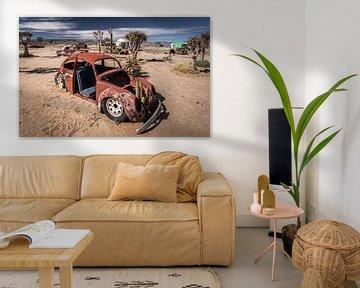 Épaves de voitures dans le désert de Namibie (Afrique). sur Claudio Duarte
