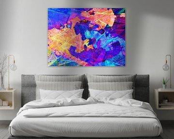 Moderne, abstrakte digitale Kunstwerke in Orange, Blau, Pink, Violett von Art By Dominic