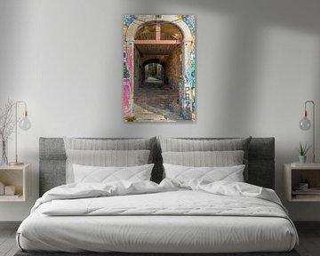 Das Loch der Tür mit Blick auf mehr von Wil Wijnen