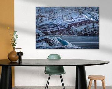 blauw geaderd ijs van Peter Poppe
