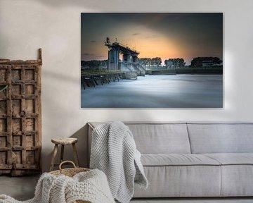 Sluis Belfeld Limburg zonsondergang van Silvia Thiel
