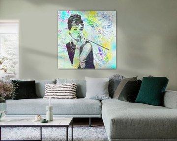 Audrey Hepburn - Breakfast at Tiffany's Vector Art Portret in Geel, Blauw, Groen, van Art By Dominic