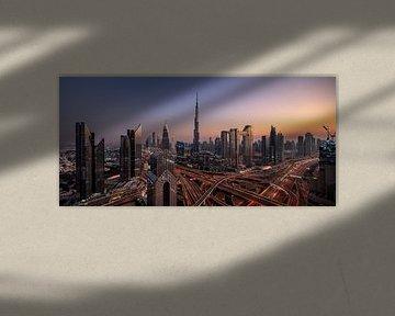 Dubai-skyline van Achim Thomae