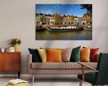 De Brede Haven van Den Bosch op zonnige herfstdag