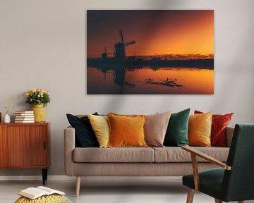 Die Mühlen von Kinderdijk bei Sonnenaufgang von Maarten Borsje