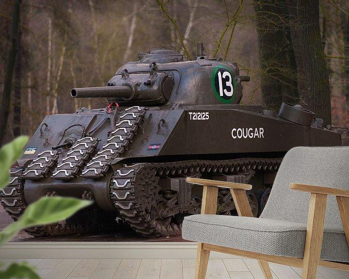 Sfeerimpressie behang: Sherman Tank WW2 van Brian Morgan