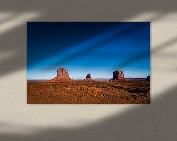 Utah, USA. Monument Valley van Theo van Woerden