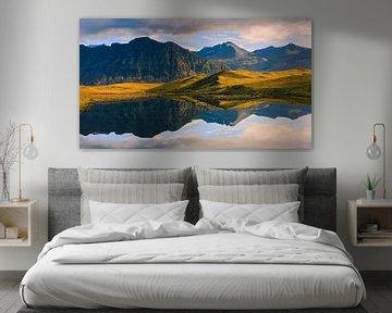 Zonsopkomst en reflecties, IJsland van Henk Meijer Photography