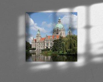 Nieuw stadhuis in het Maschpark am Maschteich, Hannover, Nedersaksen, Duitsland van Torsten Krüger