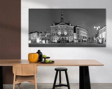 L'hôtel de ville sur la place du marché de Den Bosch sur Den Bosch aan de Muur